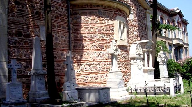 Halki_seminary_cemetery